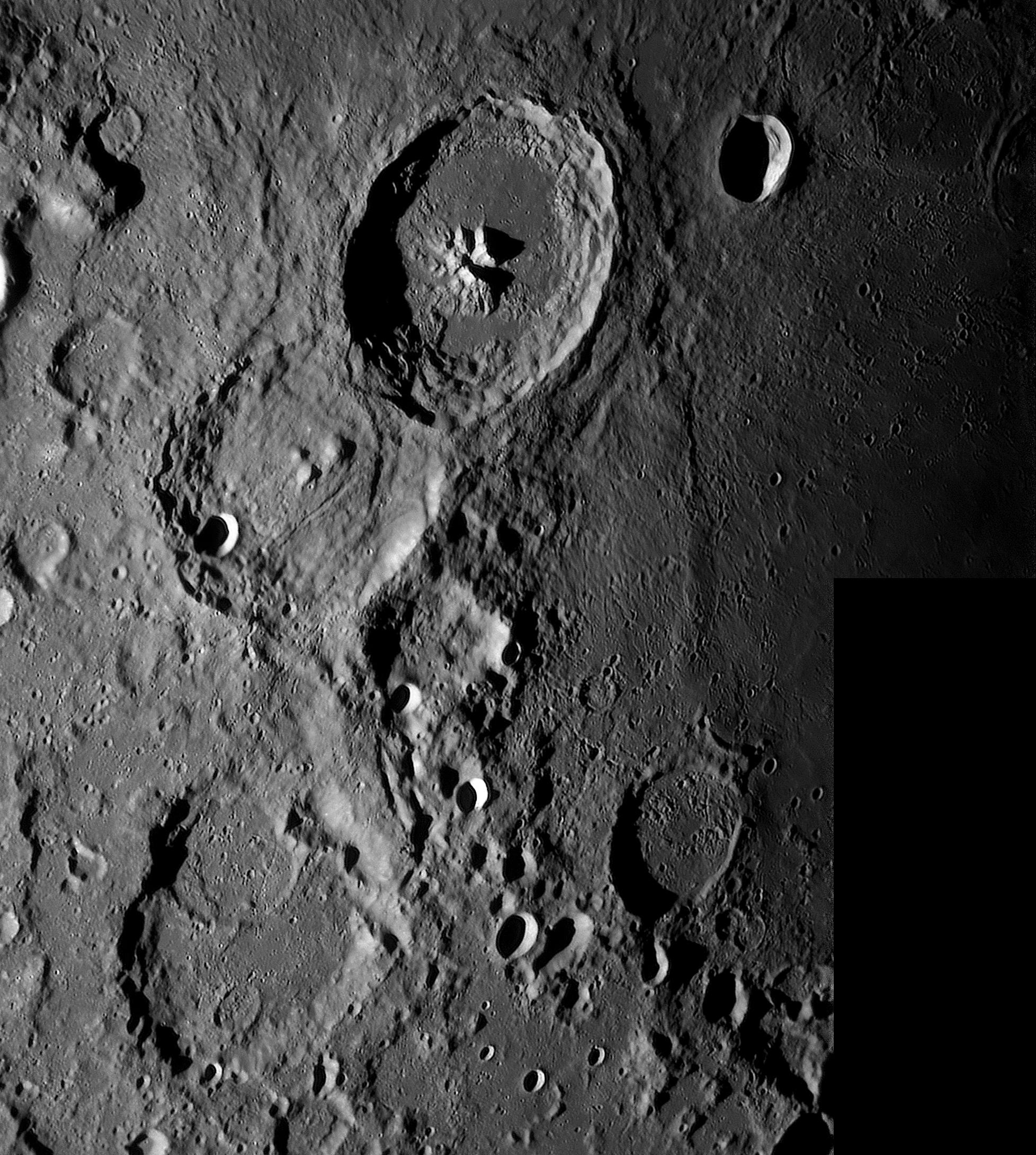 large.Moon_29_09_2018_02_29_56_R_.jpg.2a88ffebb235ea54f411111a9a5bd987.jpg