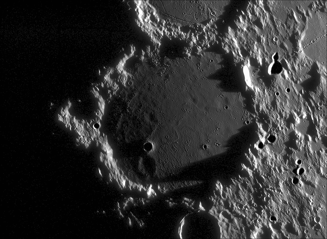 Ptolémée éclairage rasant du 01.09.10 C14 JpegV 2.jpg