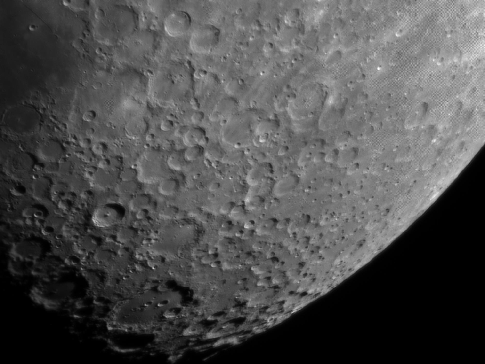 Moon_202016_lapl4_ap1109_R6_DxO2.jpg