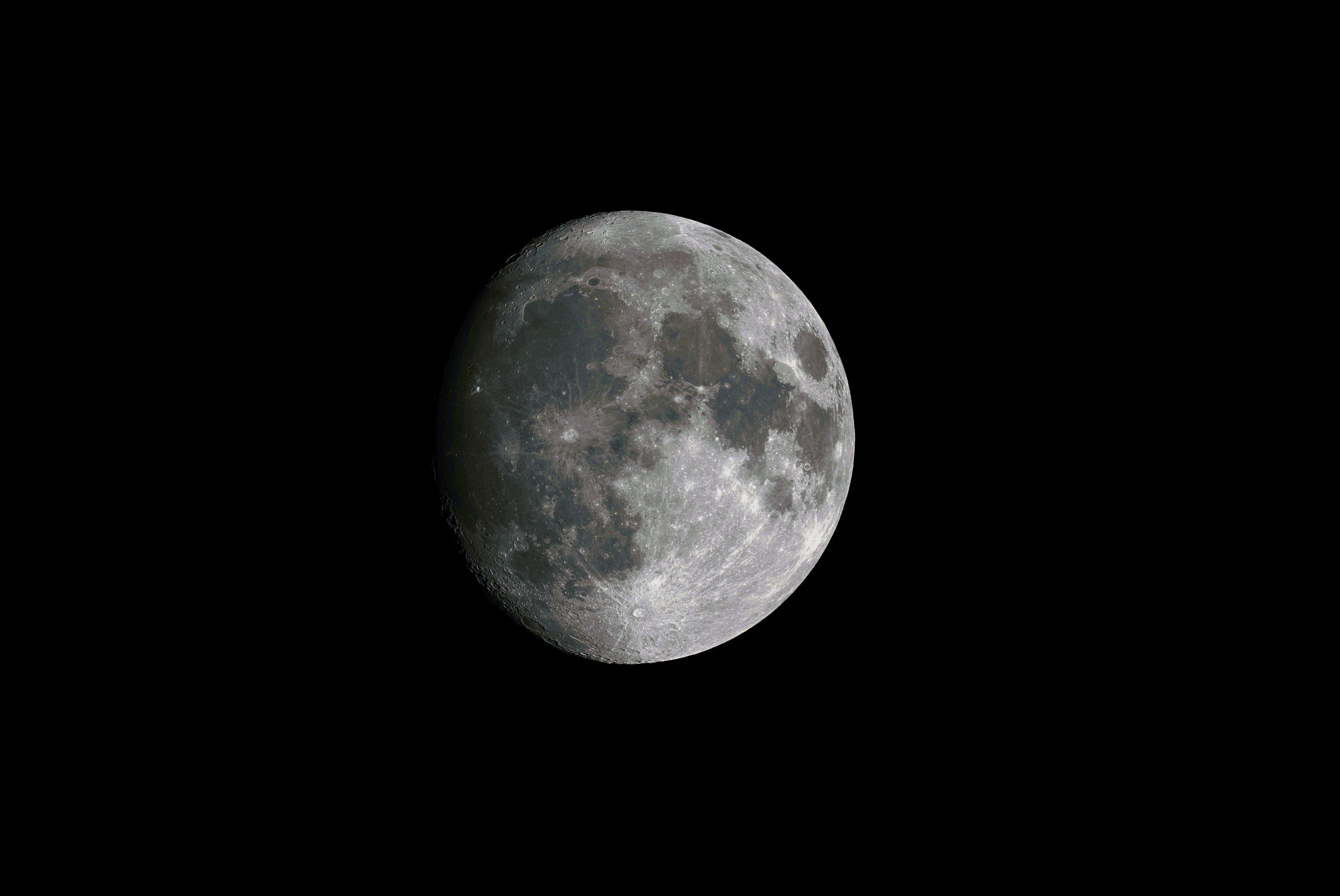 Lune_c8_6.3_a7s.jpg