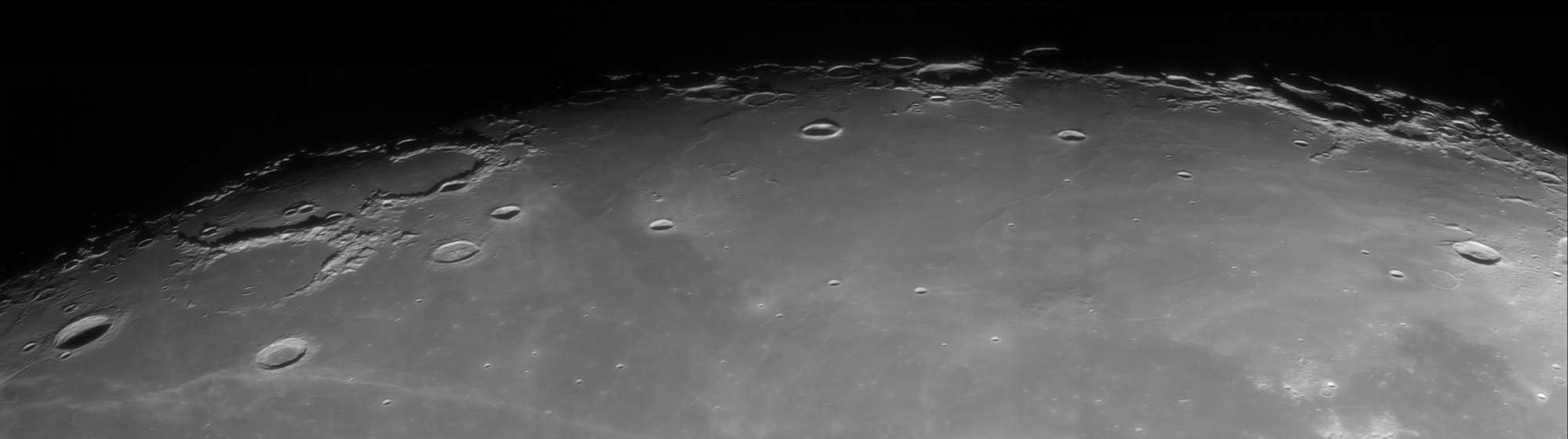 lune1.thumb.jpg.d28cf2851e96617033be2cca5b23aa9f.jpg