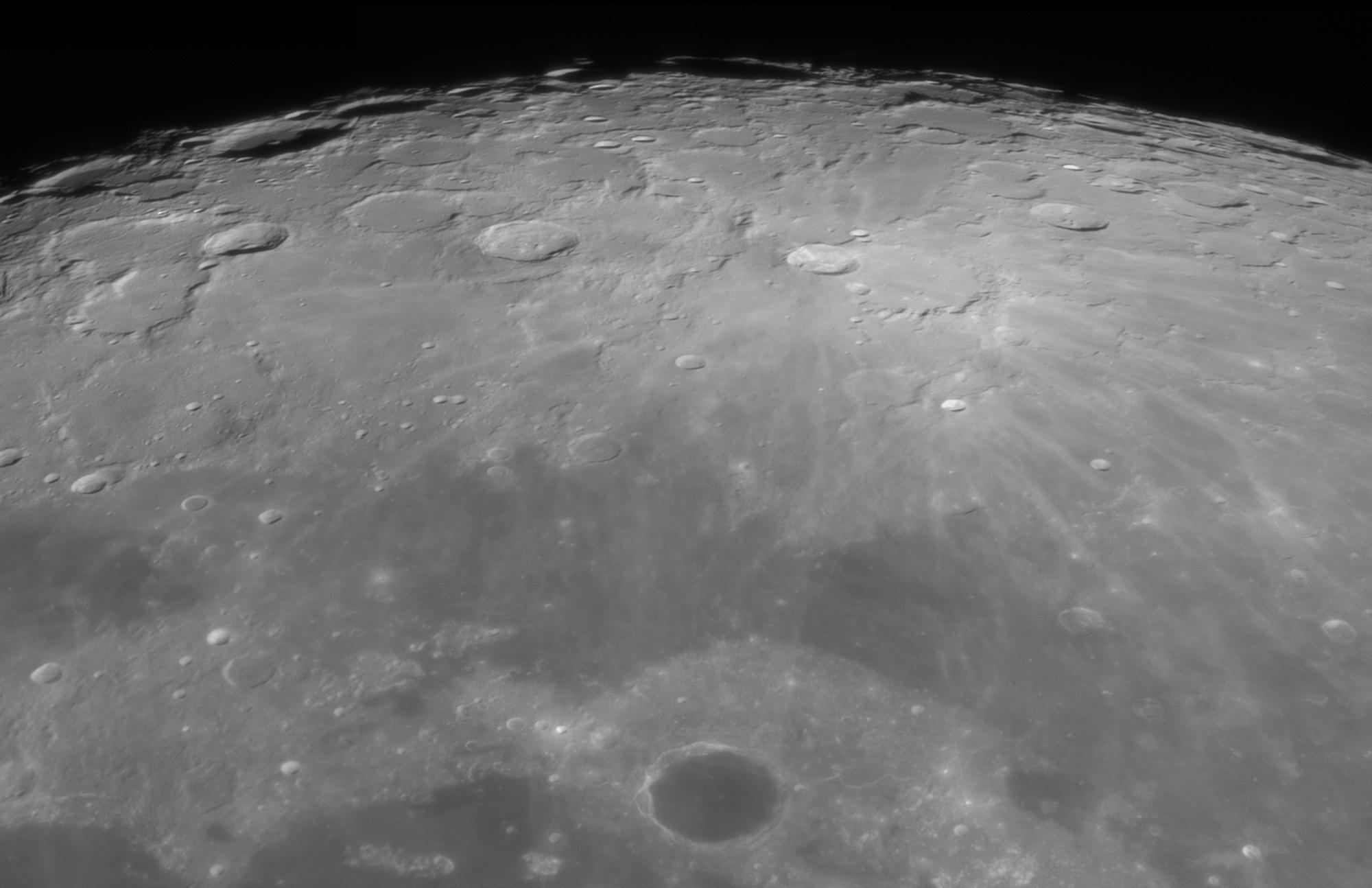 lune2.thumb.jpg.9d5b246fbda0a95c609e1c29e7a8eba9.jpg