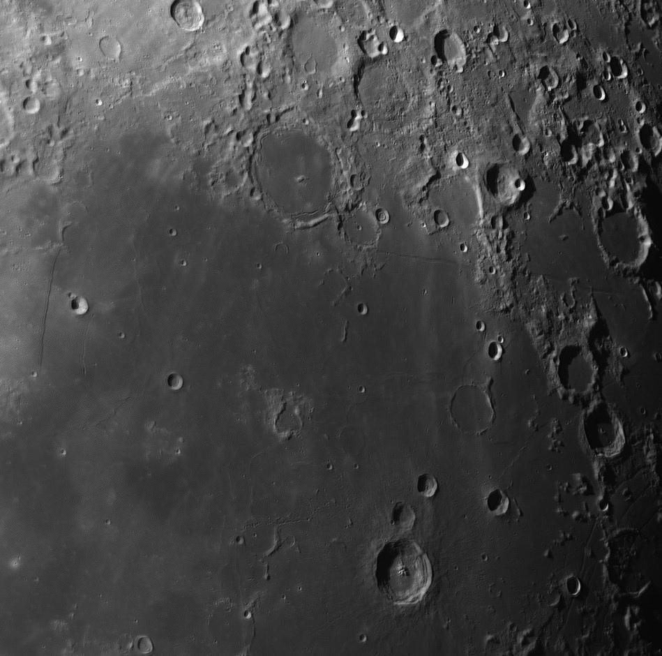 Moon_060417_ZWO ASI120MM_Gain=58_Exposure=1 (11).jpg