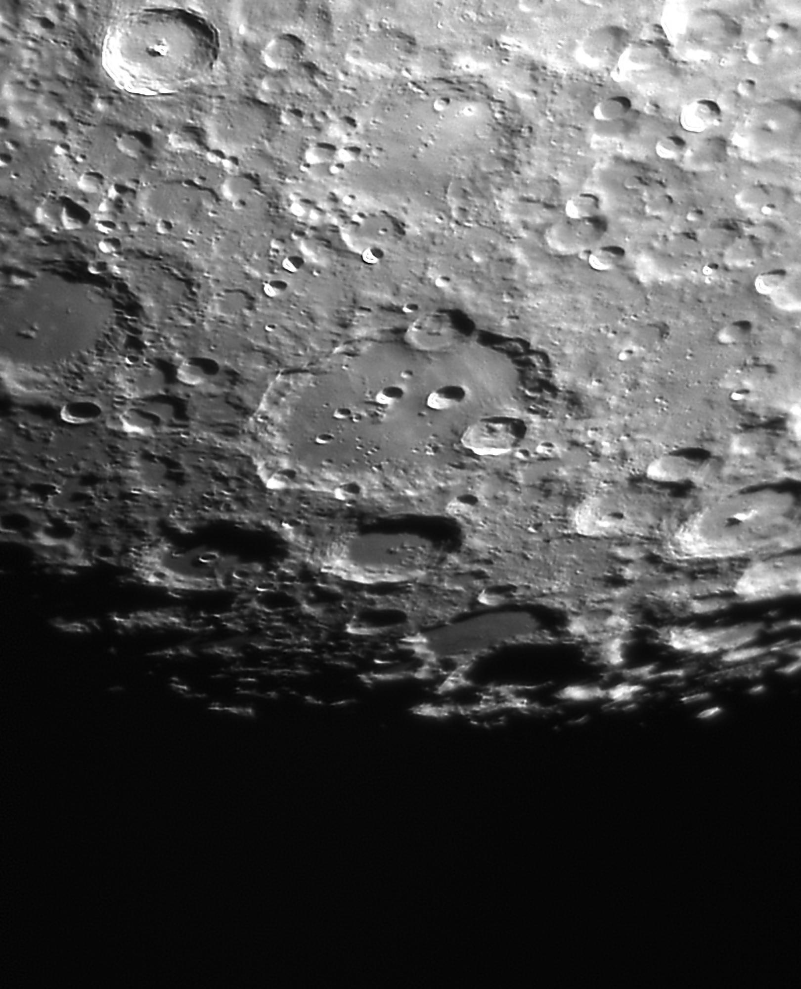 Moon_211103_Clavius.jpg