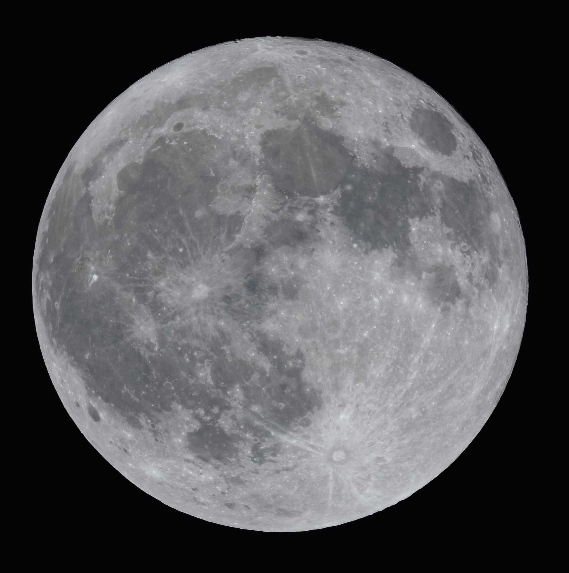 La lune du 22 Décembre 2018 au Nikon D810 et lunette apochromatique de 76mm