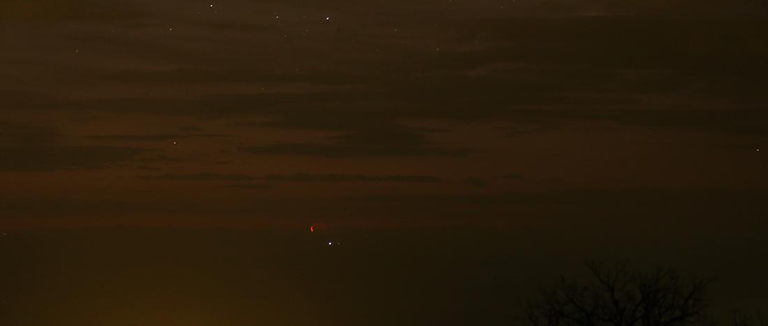 la lune et la Corse, au matin du 04/01/2019 (55063/67/131)
