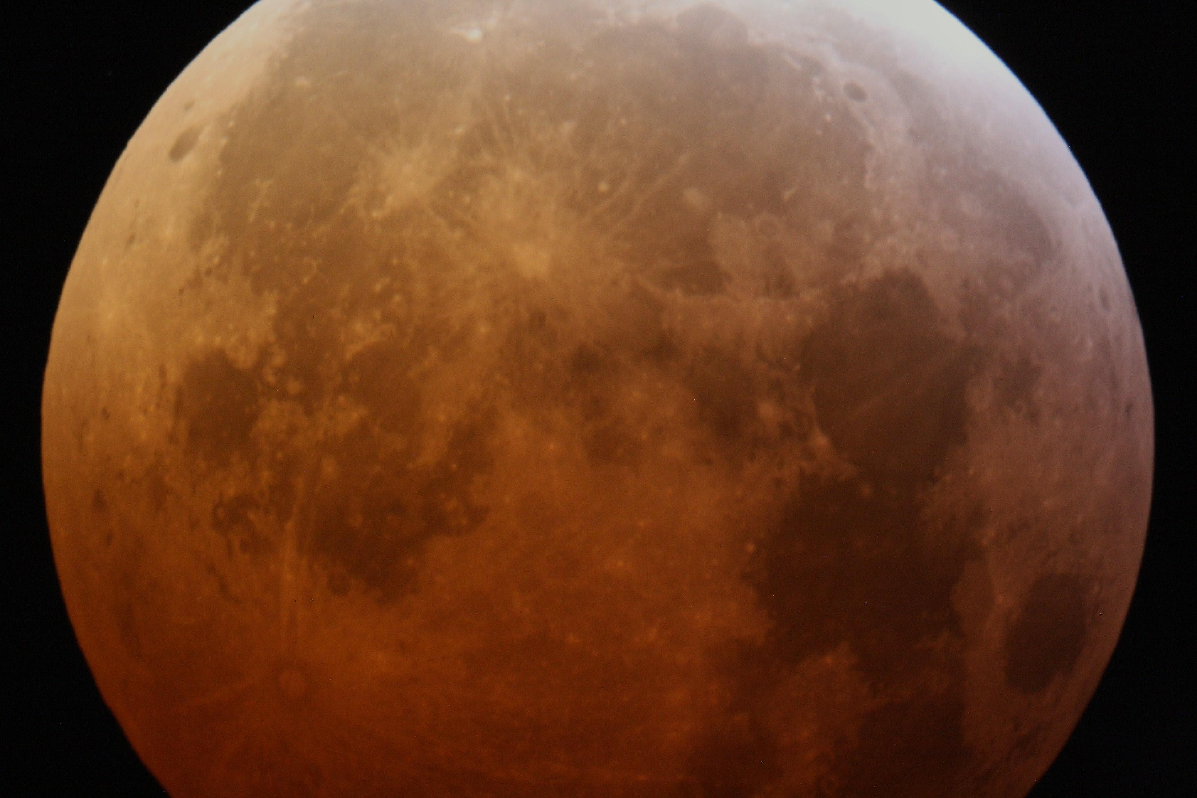 Eclipse de lune 21/01/2019