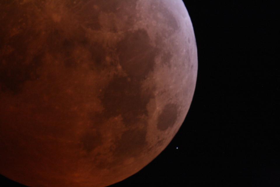 Eclipse de lune du 21/01/2019 avec HIP 39749 (mg=7,65)