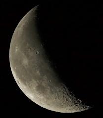 lune , ts80/560 f7 , apn  hybride nx3000,1 pose de  1/1250s à 400 iso
