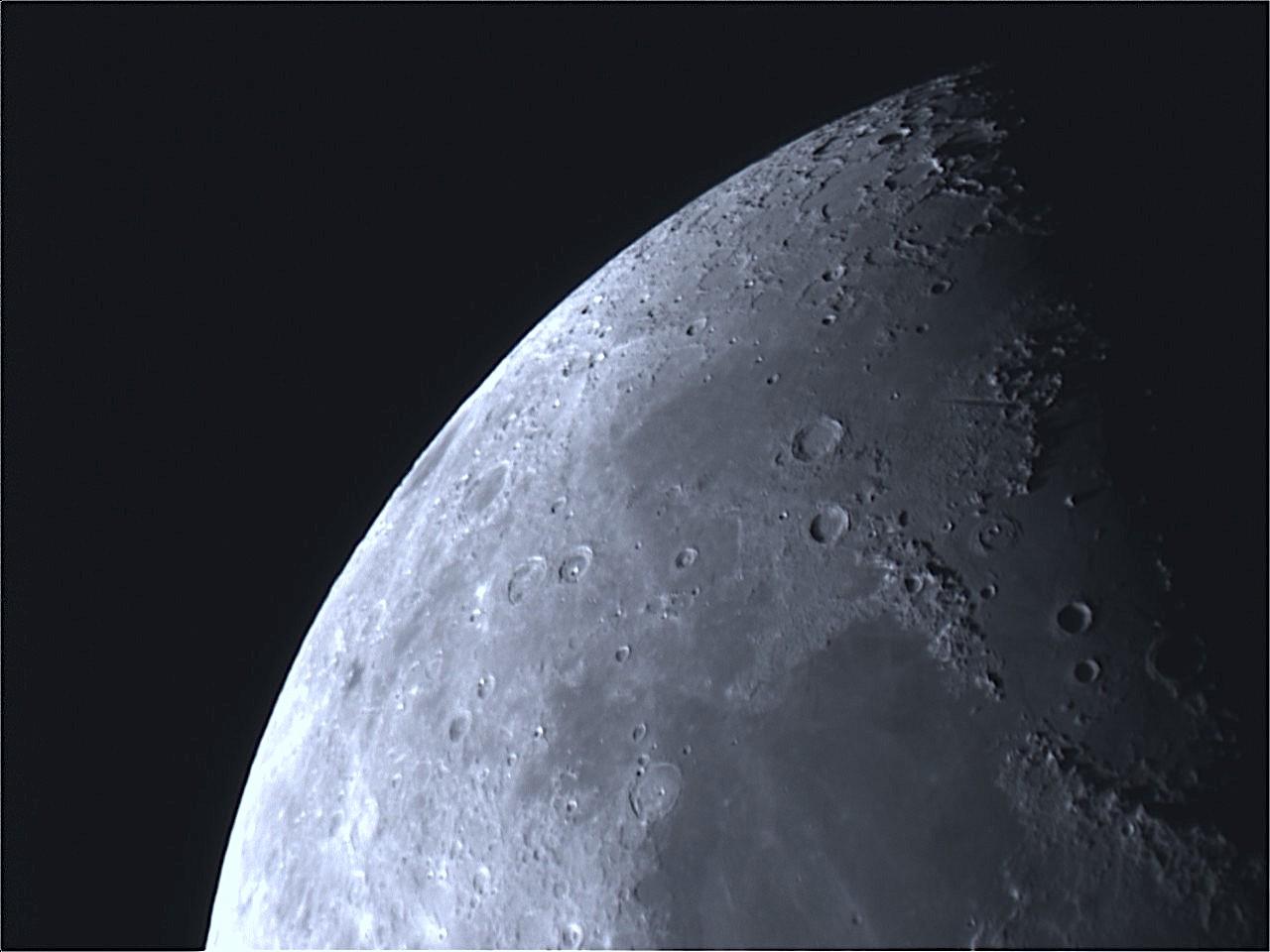 Moon_191509.jpg