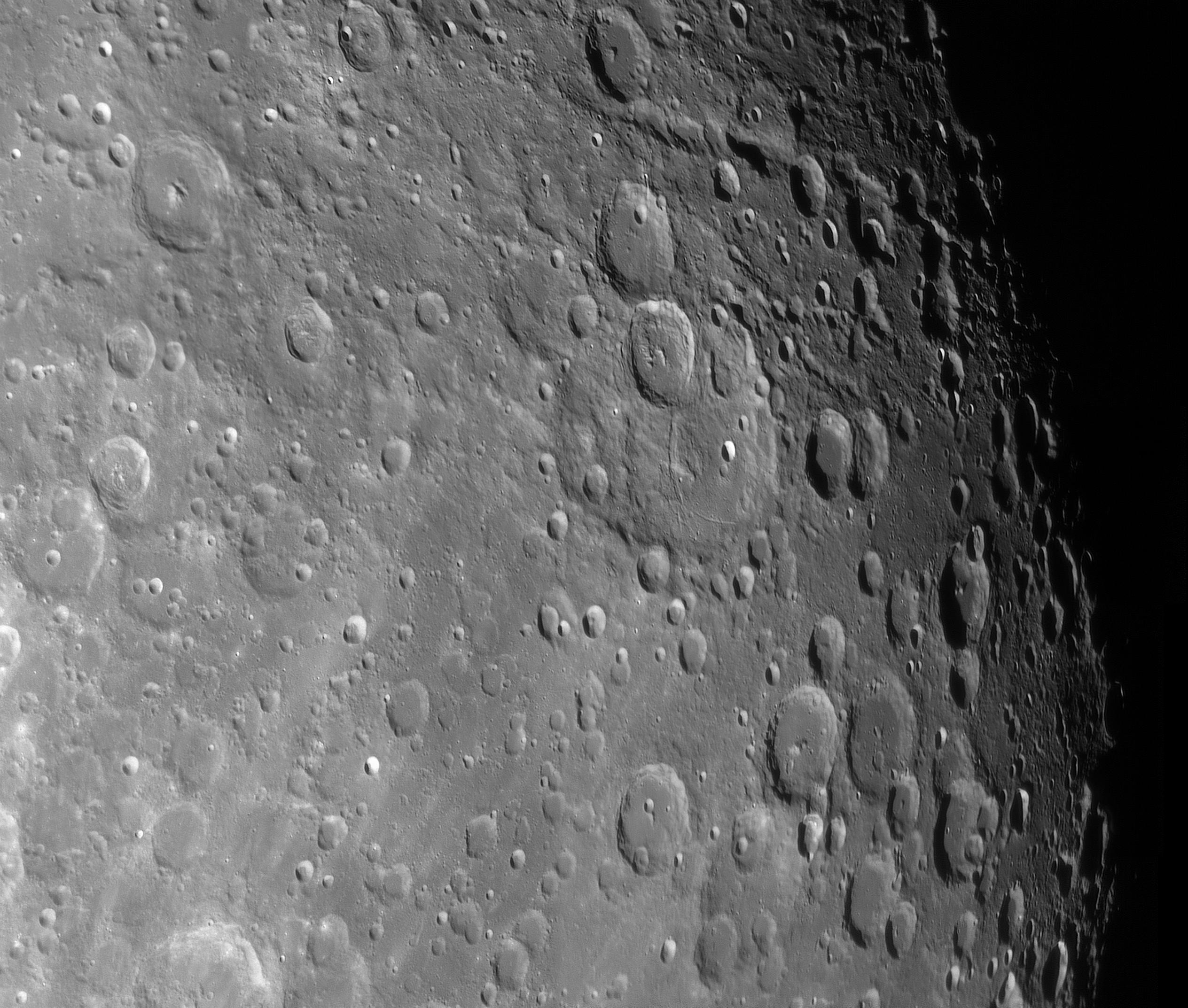 Région du cratère Janssen du 220219.