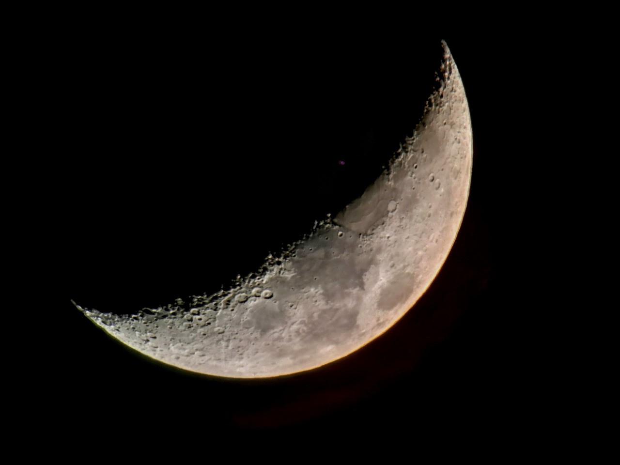 Lune_ascendante_20190210_213855.jpg