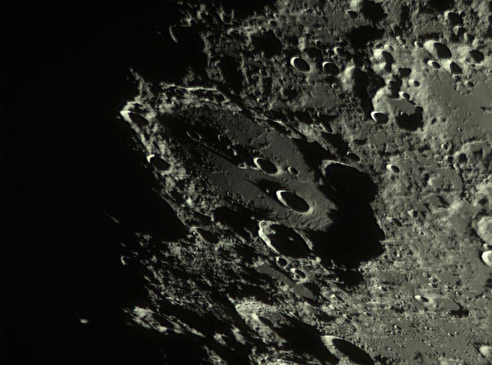 medium.5c667d561c596_Moon_201749_lapl4_a