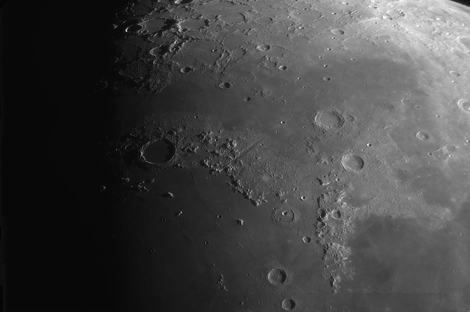 medium.Moon_192801_lapl4_ap1228.jpg.d028