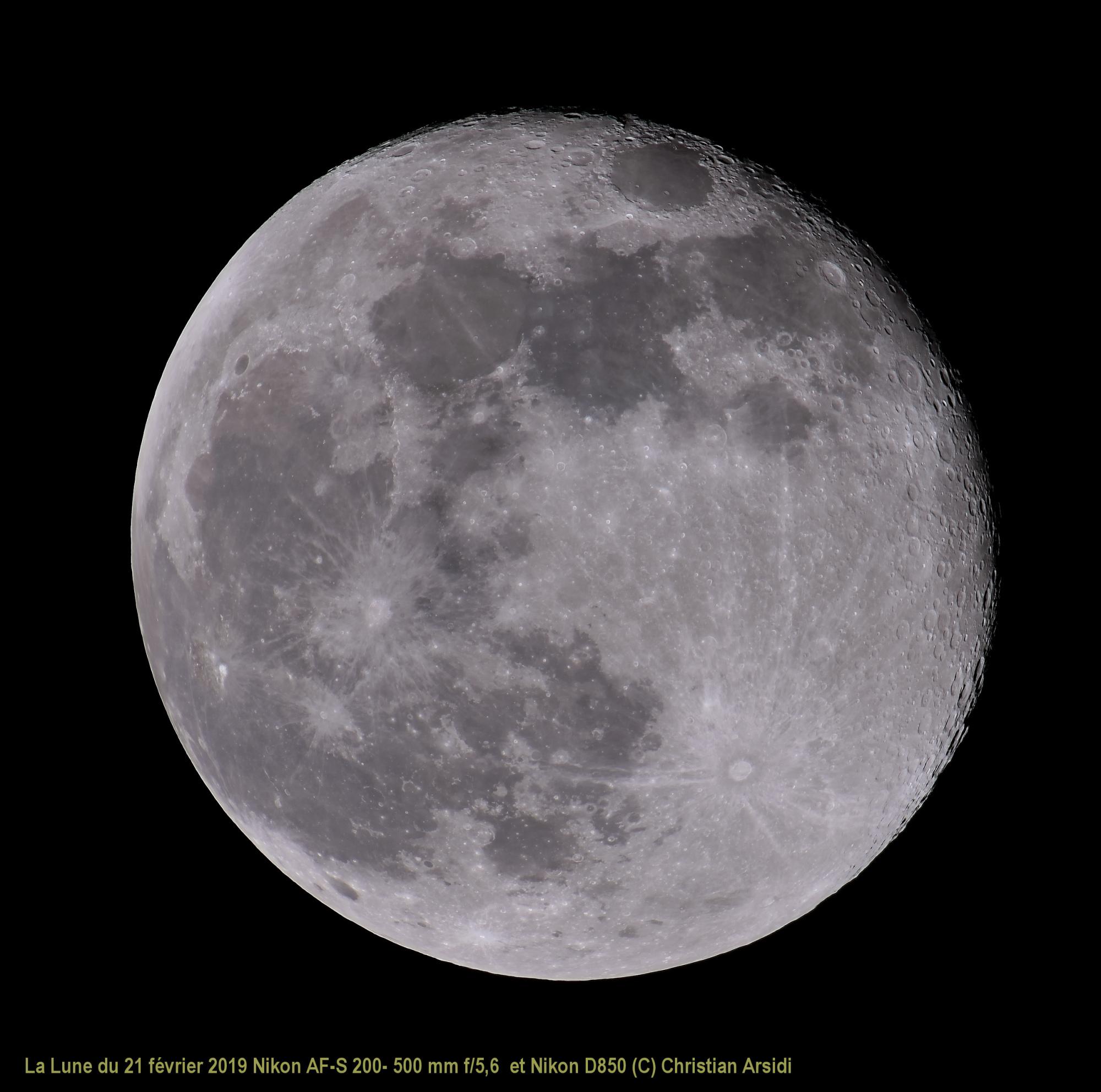 La Lune 25 images Vancittert TTB 90% JPEG.jpg