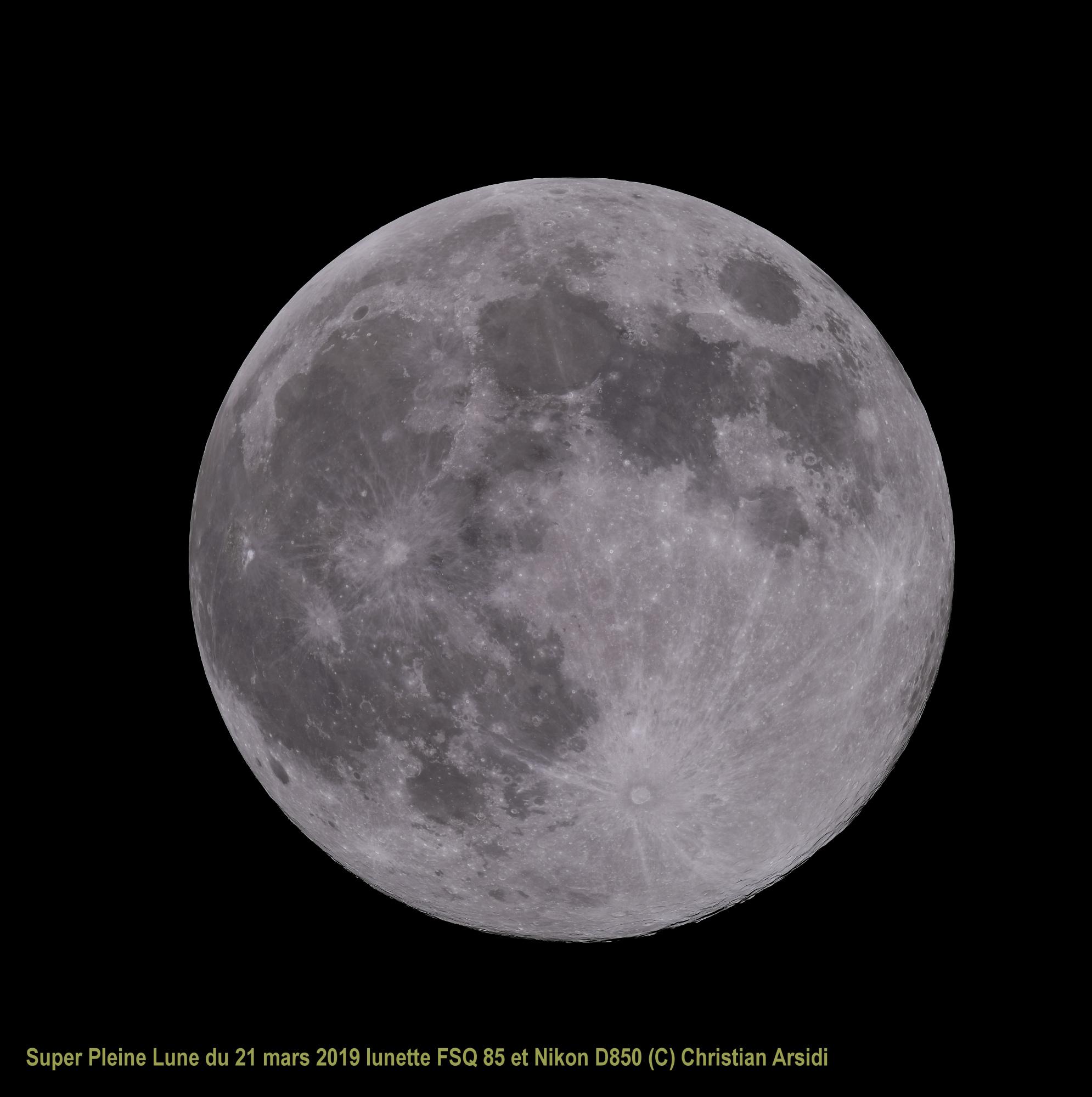 Pleine Lune 45 images recadrée TTB 100% Version 8 JPEG V2.jpg