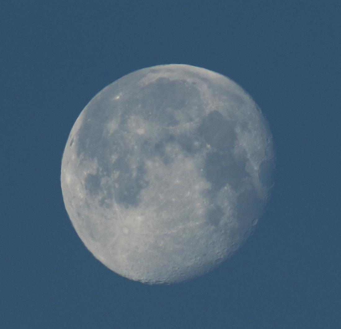 la lune le 23/03/2019 (61600/609/615)