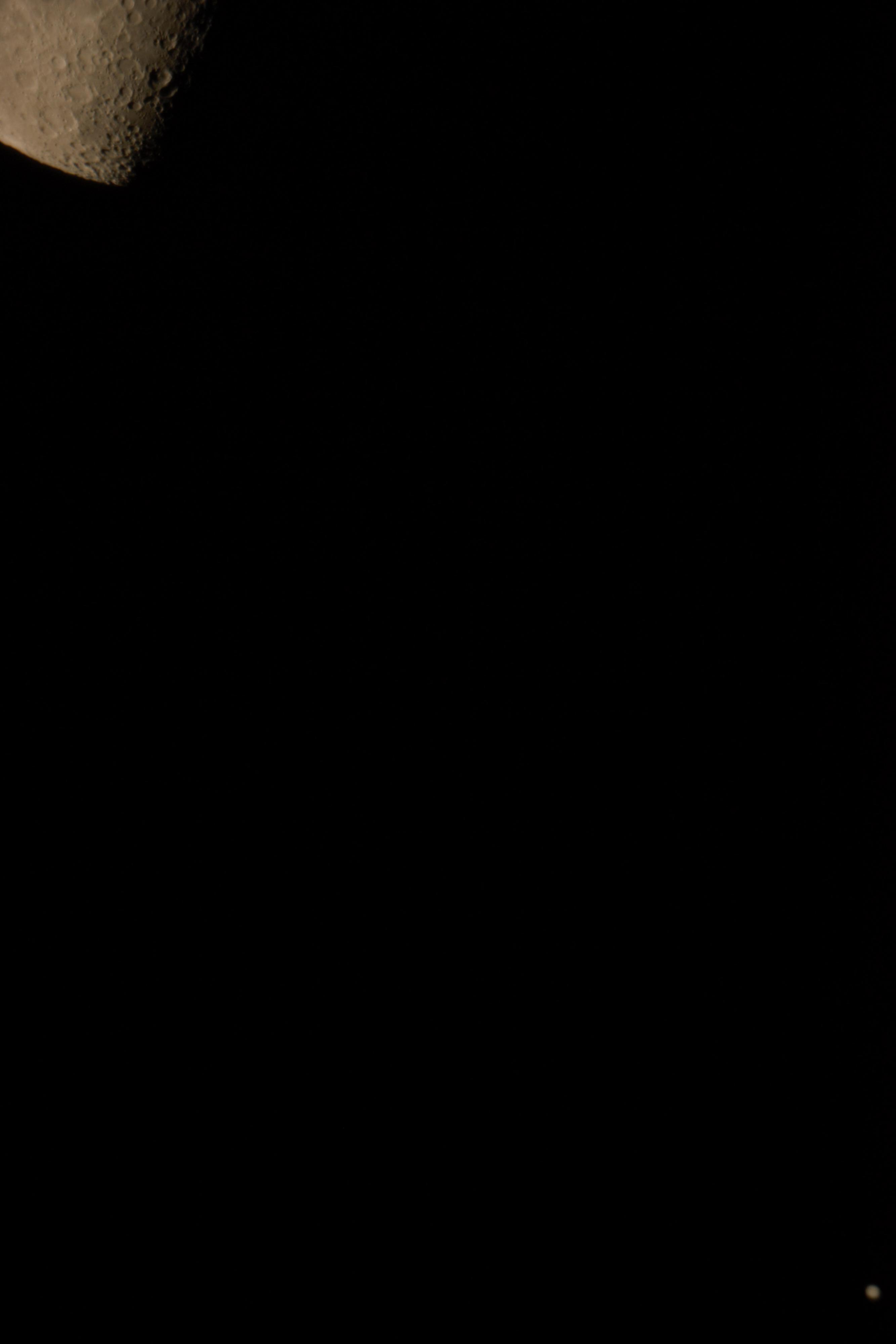 Conjonction Jupiter avec La Lune le 27 mars 2019.jpg