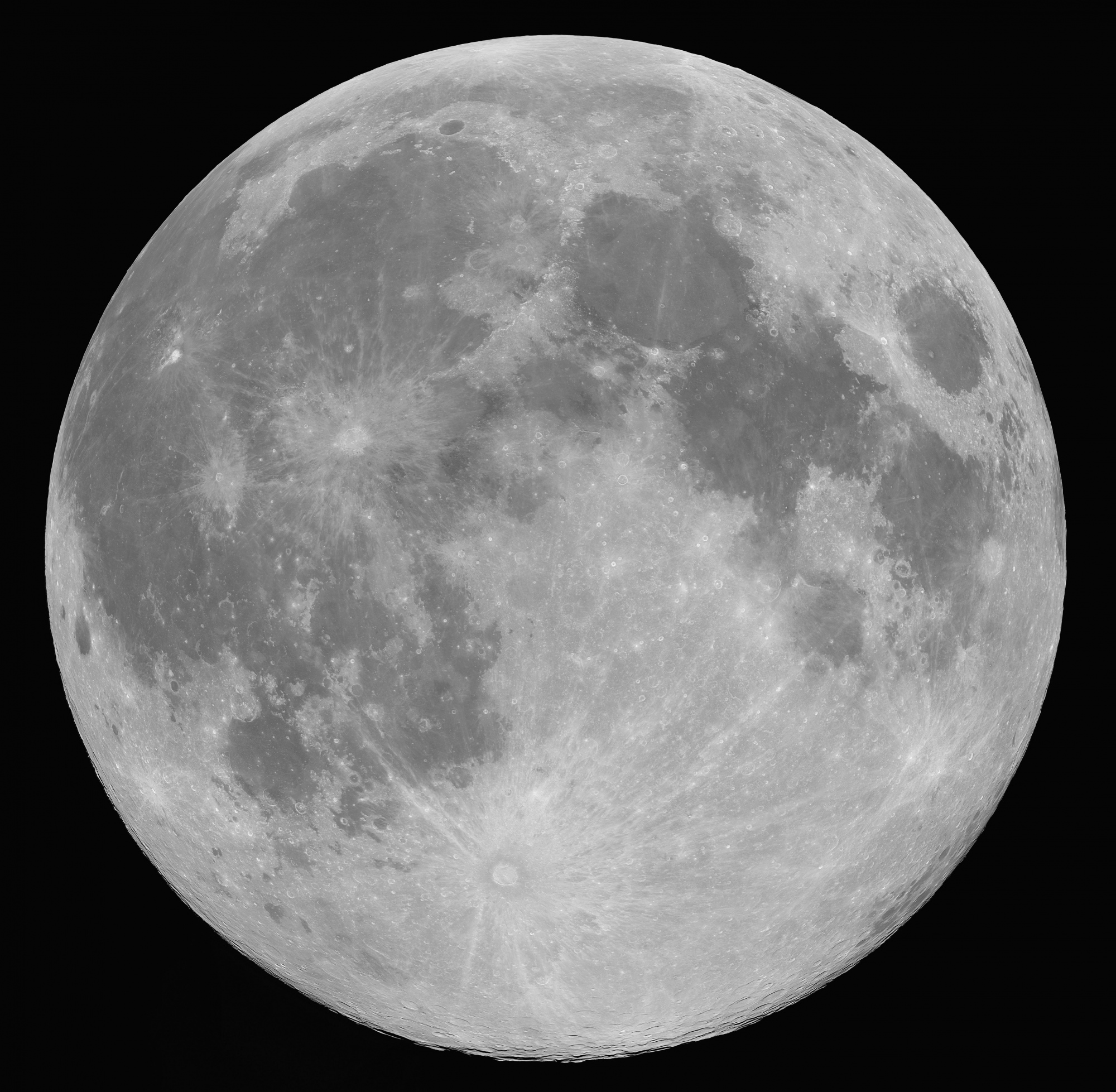 lune_astro.thumb.jpg.0fe4700bc151c7d743fd4820df627096.jpg