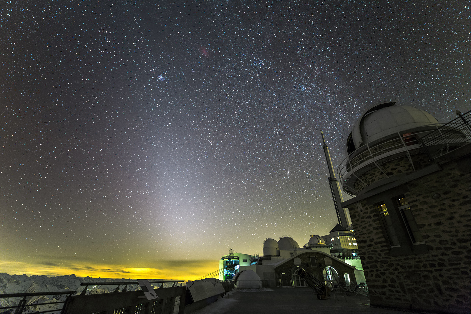 zodiacal_15mm_07.jpg.bb6fcfa56254202aa928f0f58d711c56.jpg