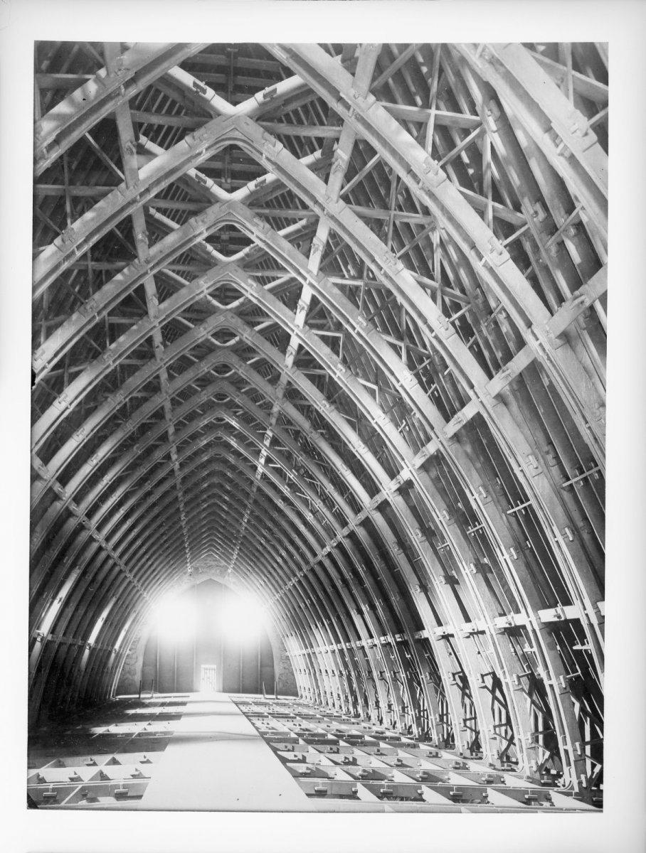 Interieur,_reproductie_van_foto_met_nieuwe_bekapping_in_gewapend_beton_-_Reims_-_20408770_-_RCE.jpg