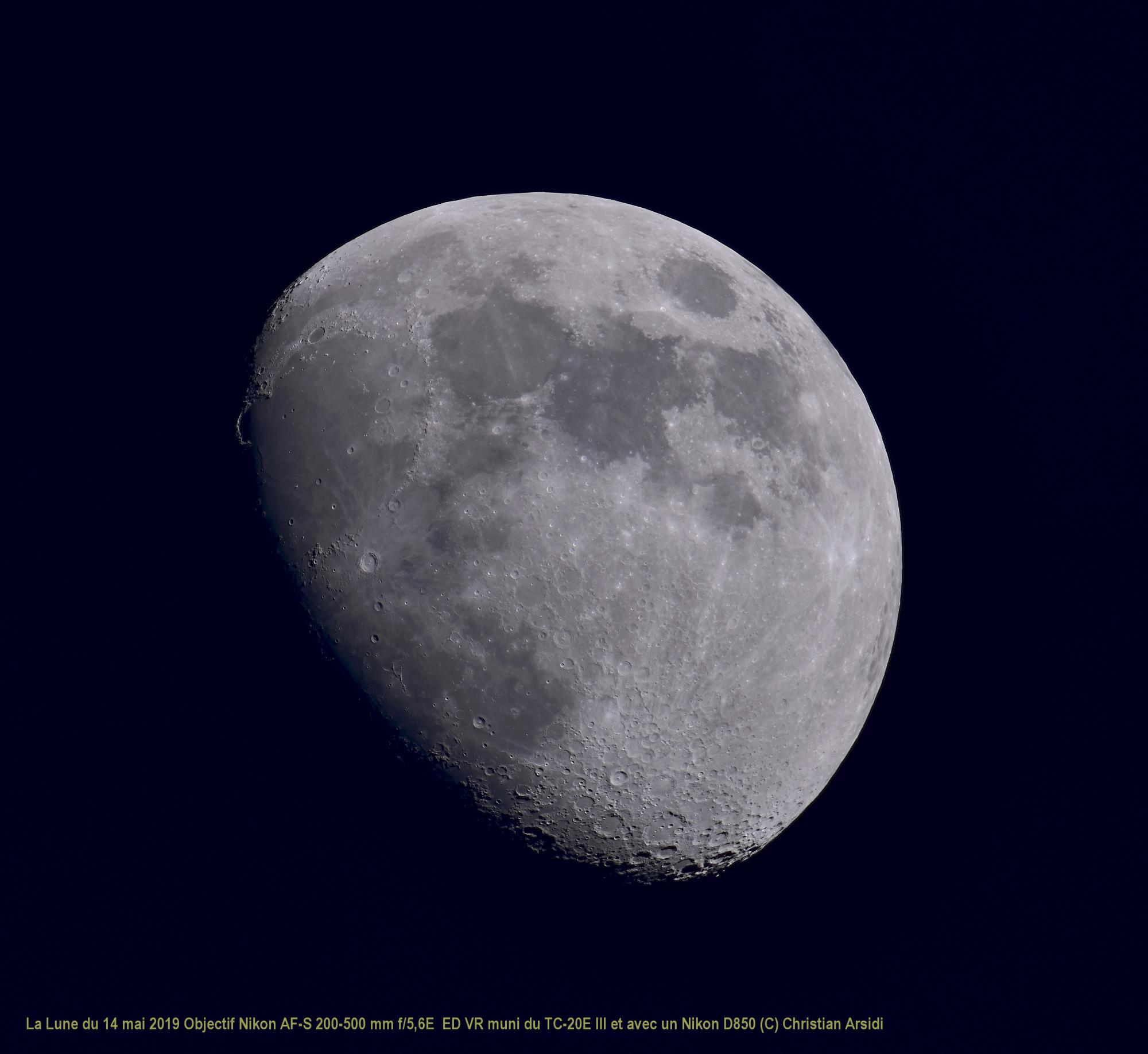 La Lune 40 images TTB VB  100% JPEG.jpg