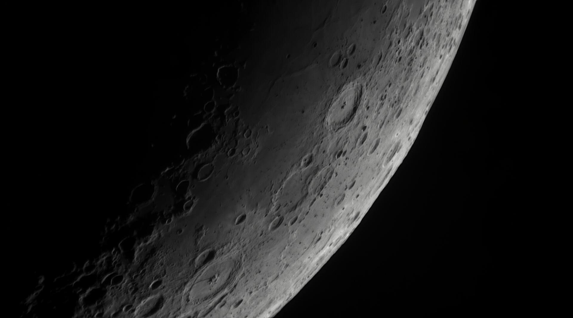 5cf9d1859da85_Moon_205217_060619_ZWOASI290MM_IR_680nm_AS_P35_lapl4_ap186.jpg.8e2e7f56a6afd48cc18b715d00d667cc.jpg