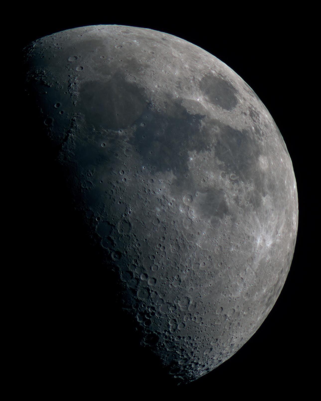5d00534a37d64_Moon_234828_100619_ZWOASI224MC_RGB_AS_P25_lapl3_ap875_stitch.jpg.d1f1942626114ac15d5f67d84b0a8f8a.jpg