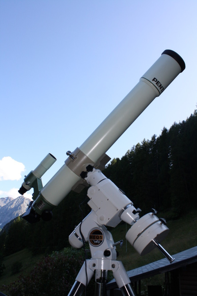 PENTAX 105-SD.jpg