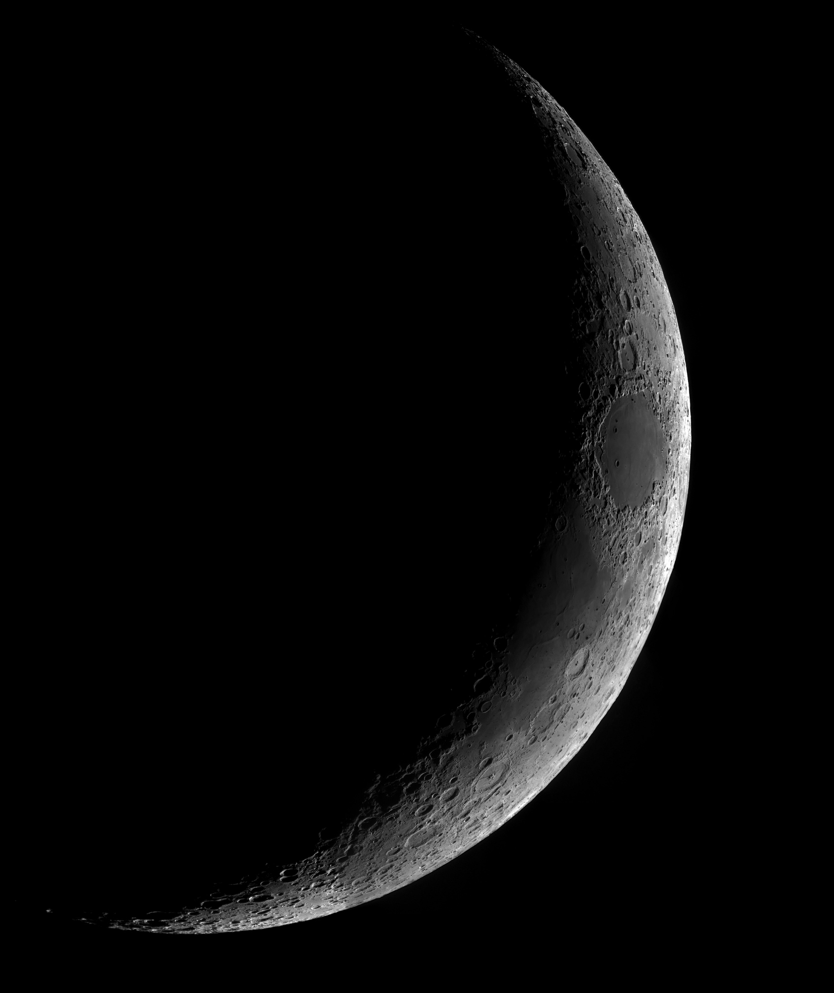 Lune-res2.png.3059375e6863575629bece5b2749d52f.thumb.jpg.5b5d299be743529e91e2c87a3e1f4fab.jpg