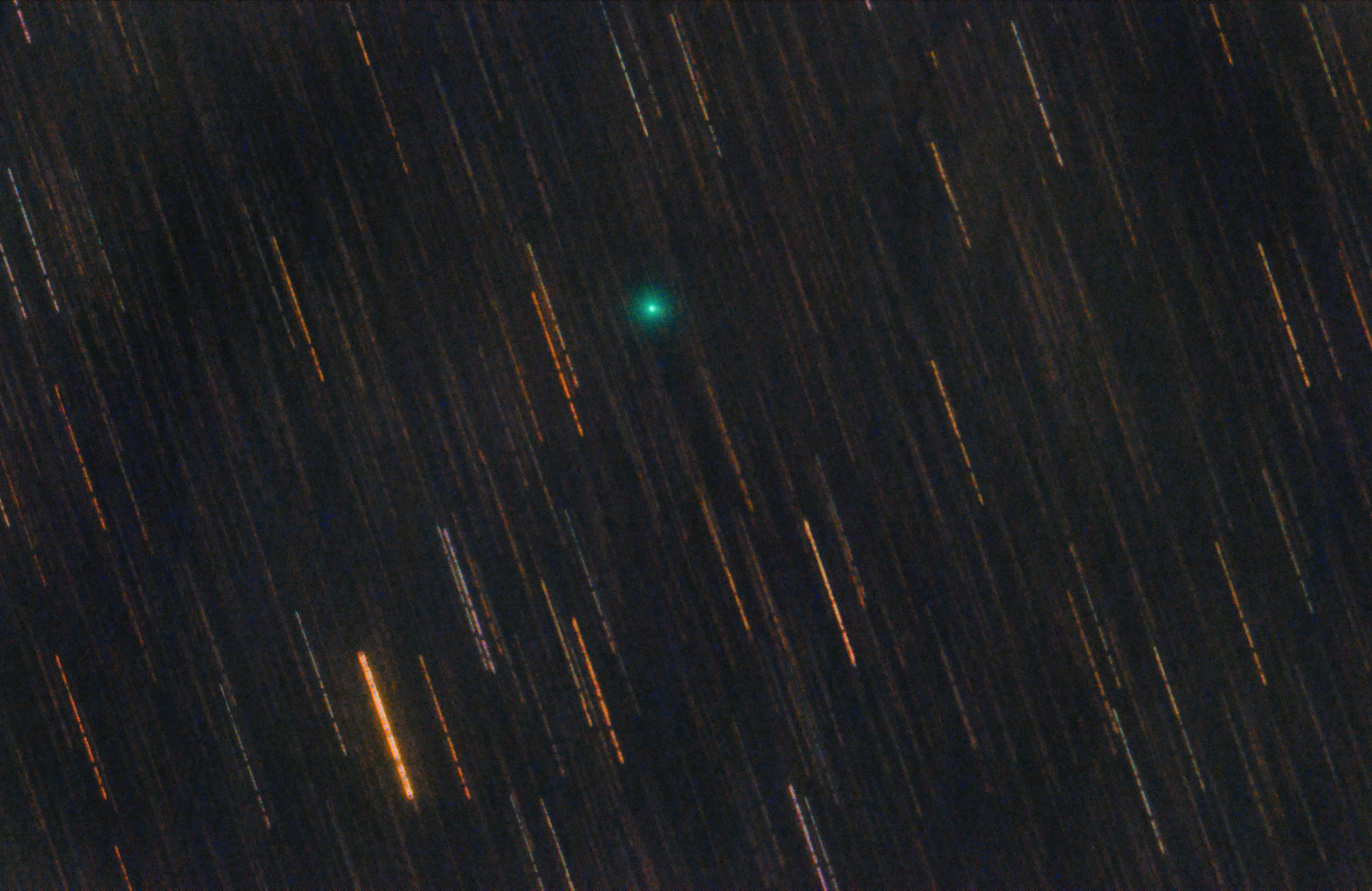 Comète C/2018 R3 Lemmon