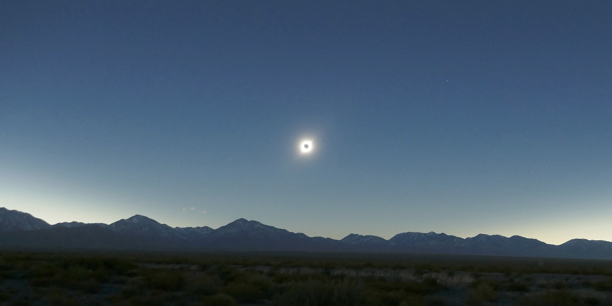 Eclipse__2019.07.02__20:41:05TU__Argentine__Bella-Vista__Ensemble__P.Strock__A2.JPG