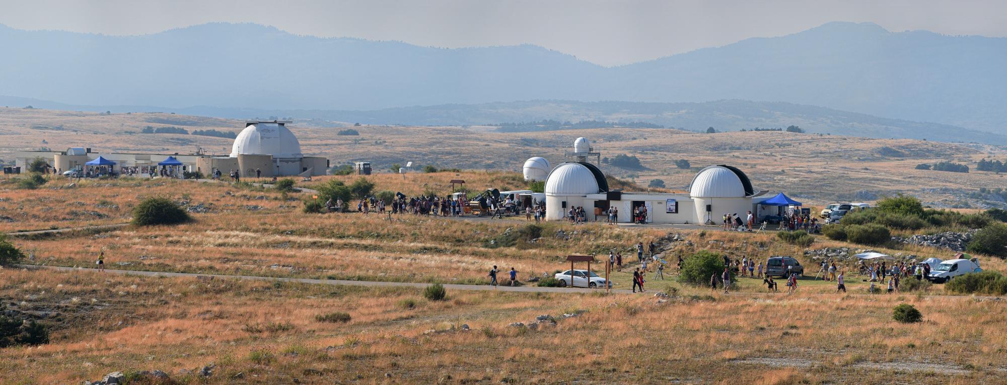 Panorama géant NCO à l'OCA Crop BD.jpg