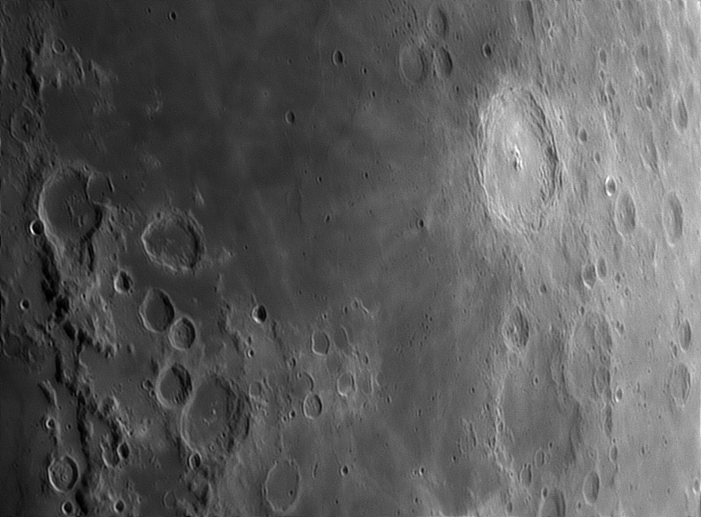 5d288f41274e7_Moon_223345_070719_ZWOASI290MM_IR_650_nm_AS_P40_lapl4_ap285.jpg.94d8ca47d9cf6c4b42e8947c729768b8.jpg