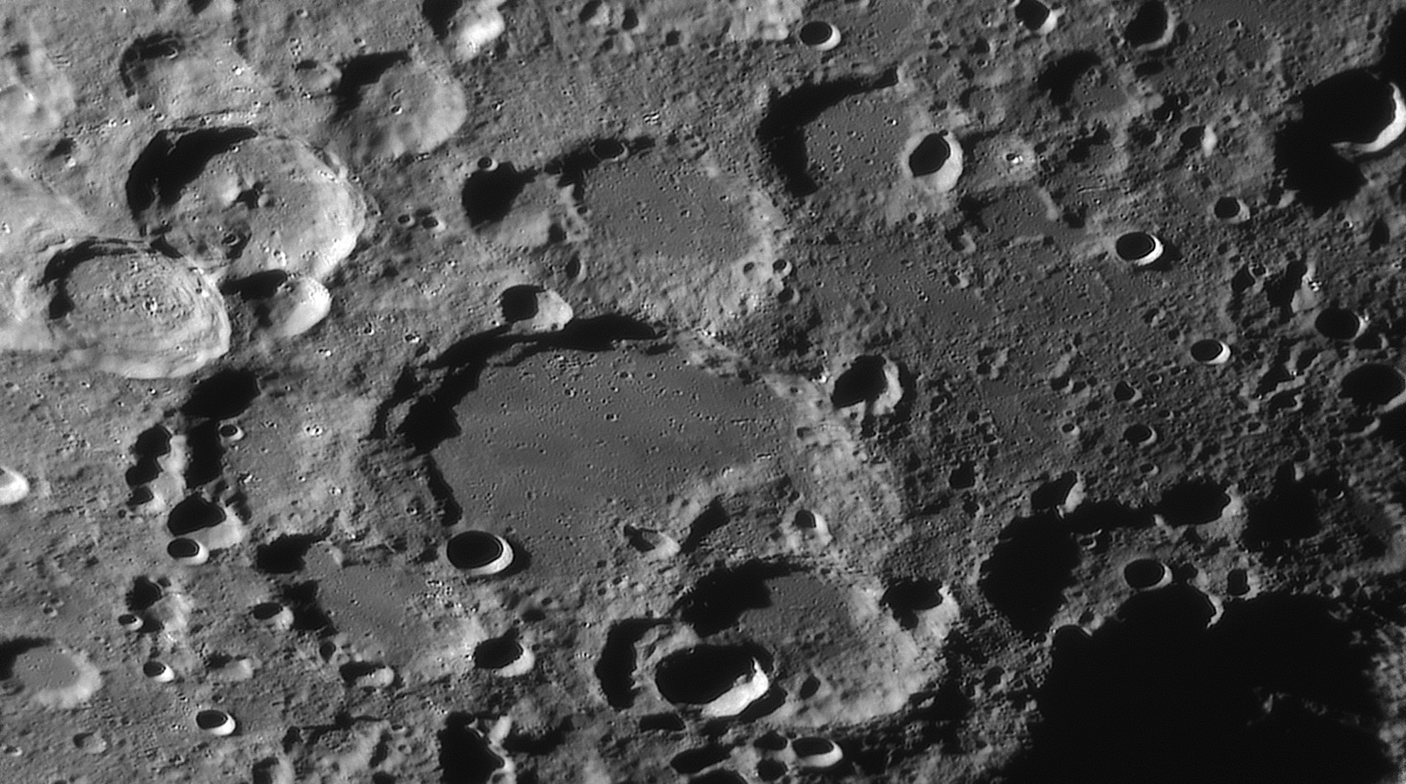 large.moon_23_07_2019_04_18_53_STOFLER.jpg.3ed65ac3b330c70be53569bb64f9d68a.jpg