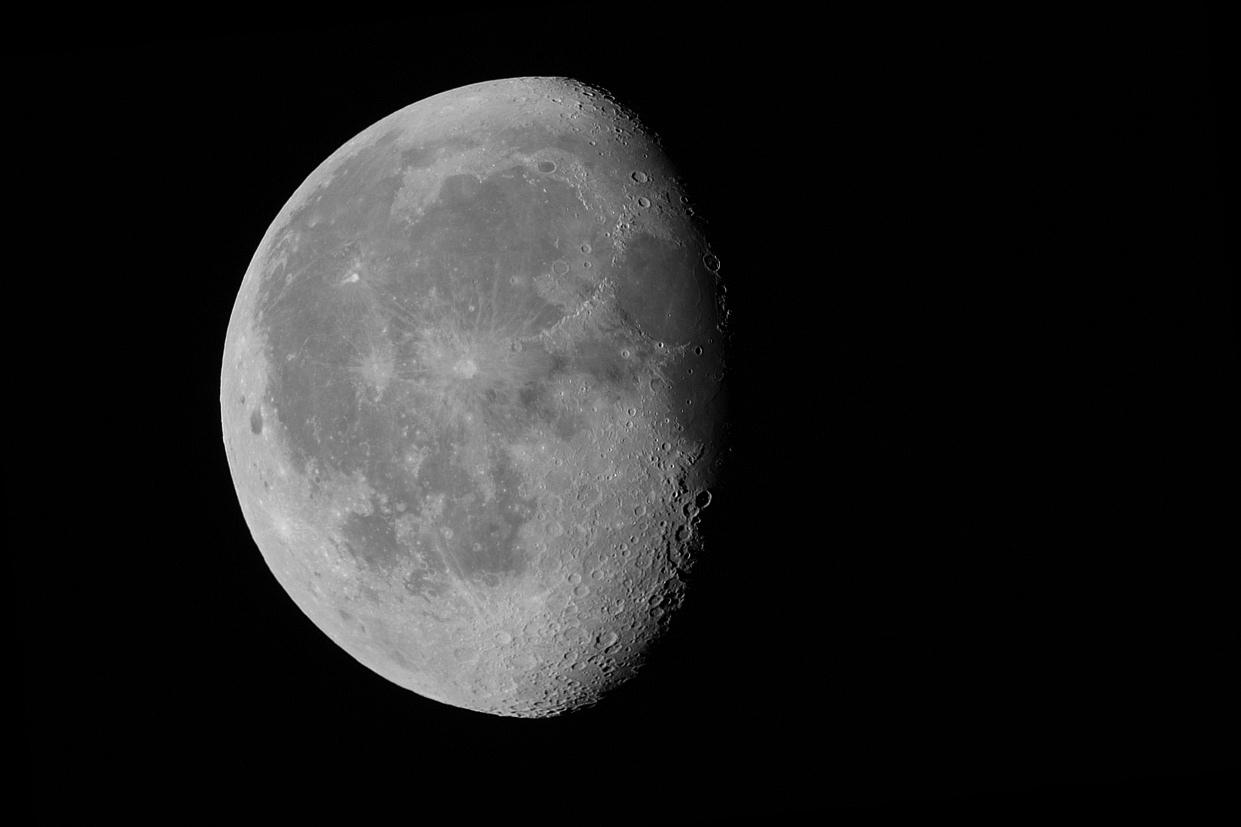 Lune 19 9.jpg