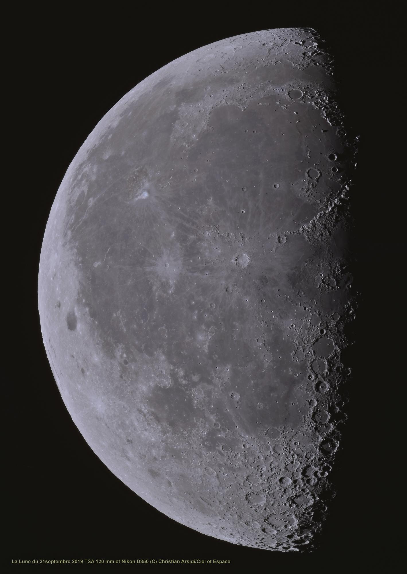La Lune 35 images V2 TTB 100% JPEG V3.jpg