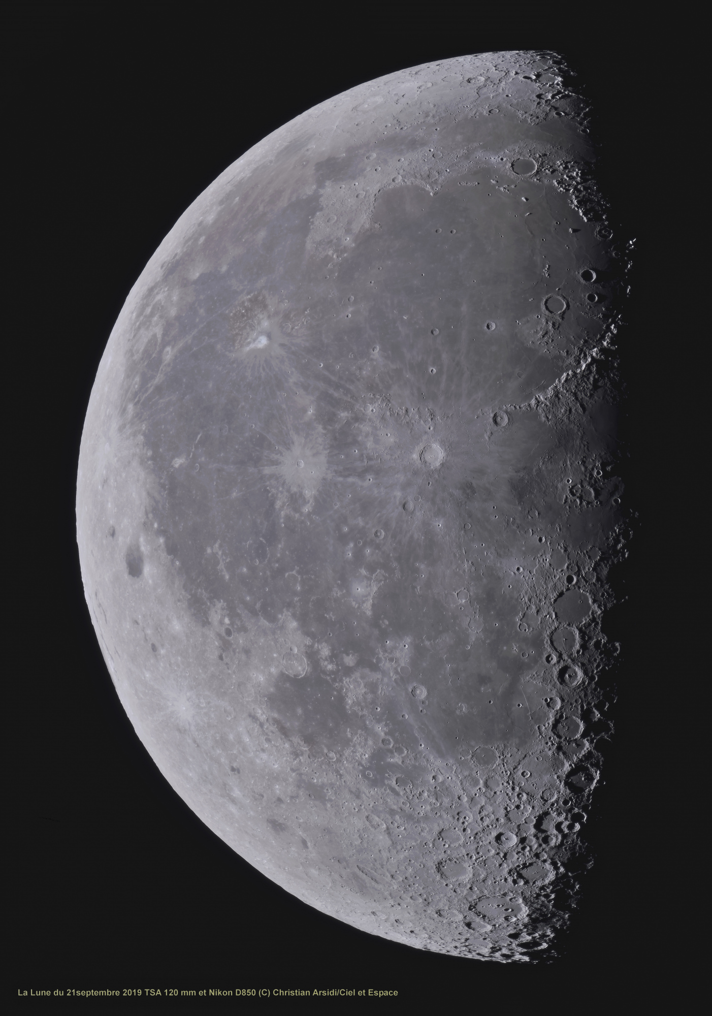 La Lune 30  images V3 traitée_DxO-1 1 BV CA 100% recadrée JPEG.jpg