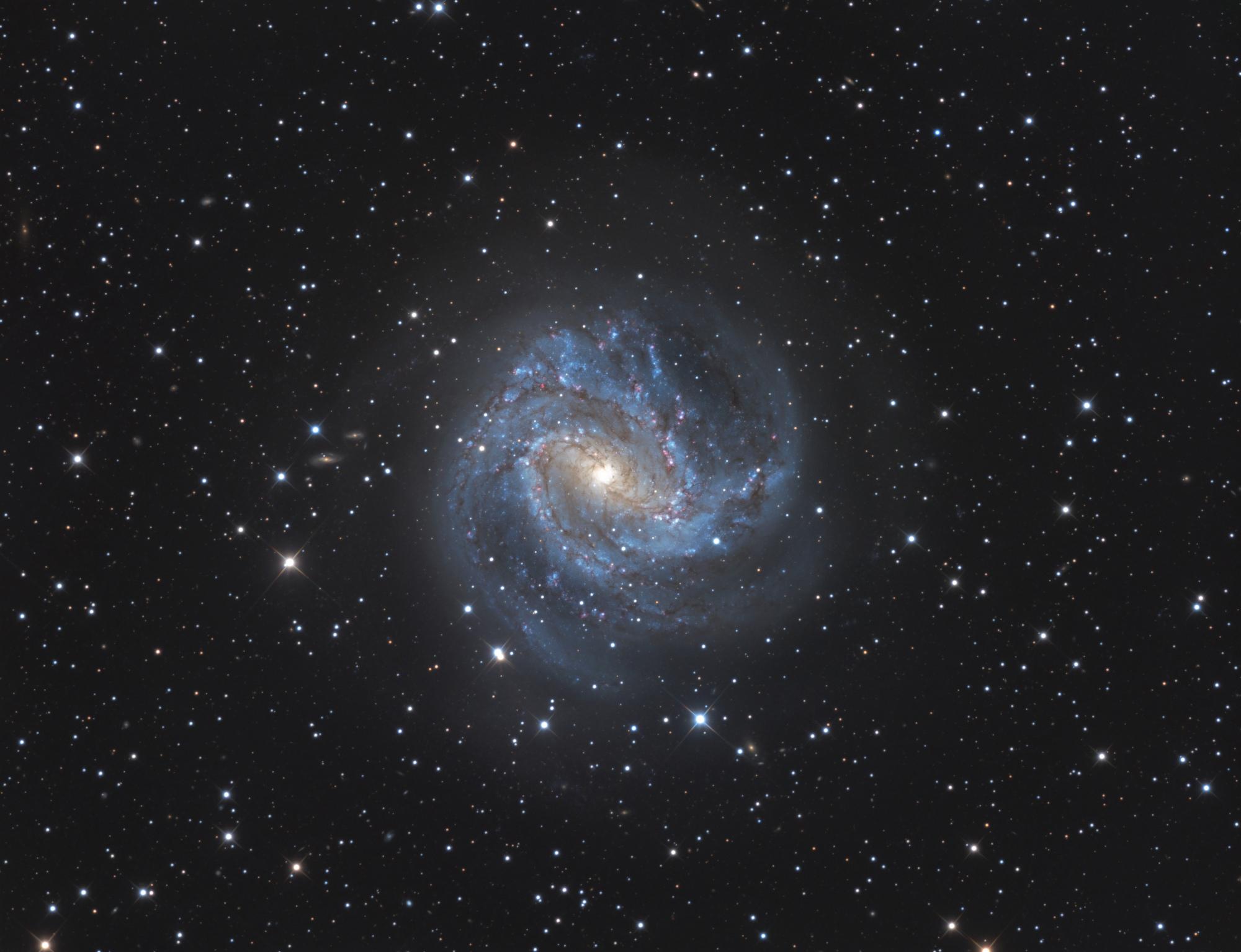 M83-LRVB-V4-Publi.thumb.jpg.fd9f5f9d27a41d99636a6395a7107658.jpg