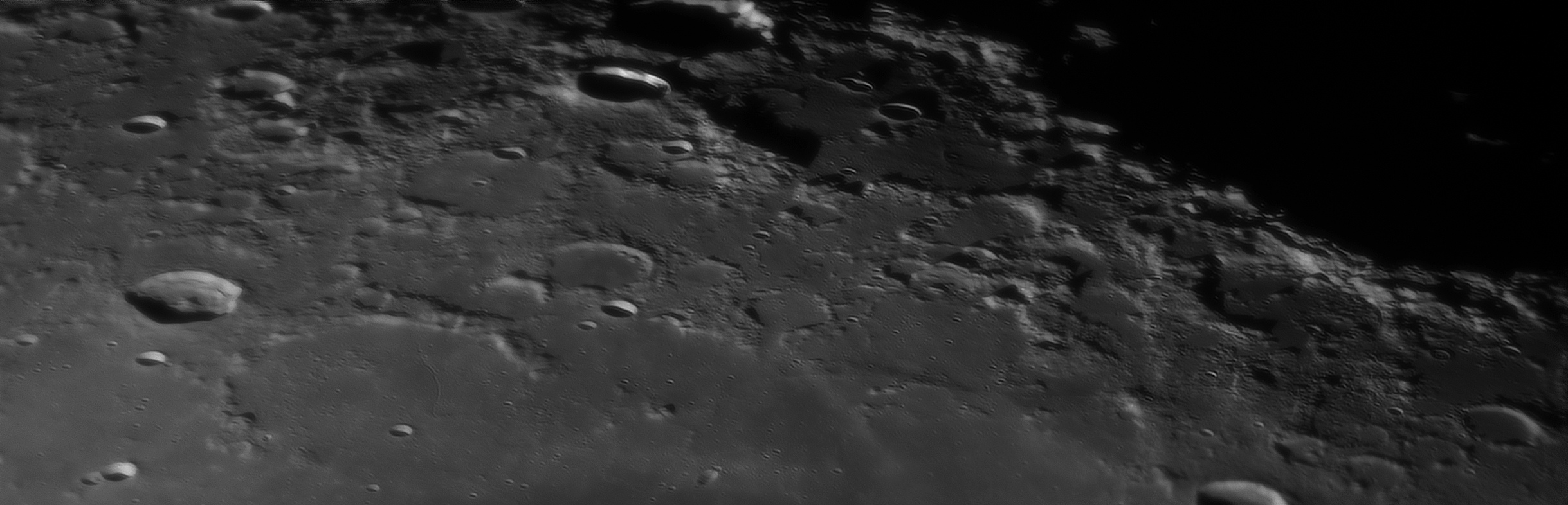 large.moon_17_09_2019_01_09_DE-LA.jpg.7ec3c34f32a0eae8c89b0659a55f1d44.jpg