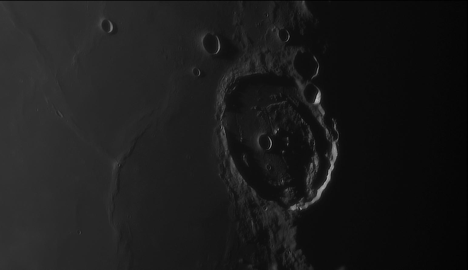 large.moon_19_09_2019_01_44_posid.jpg.d988e5c0a3e04ee151475df7ea60c9d1.jpg