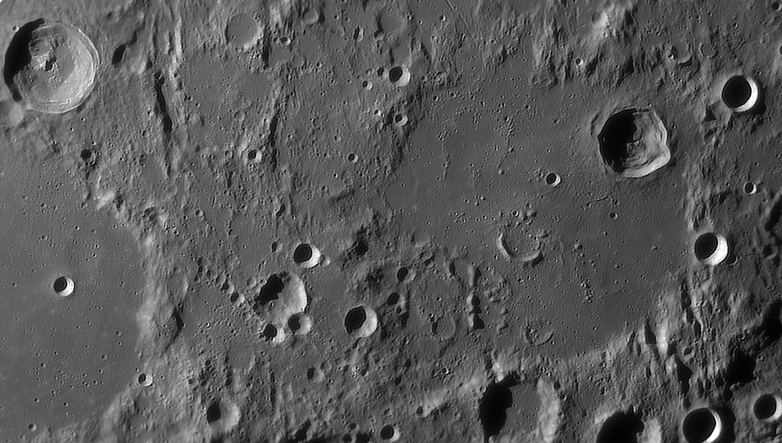 large.moon_20_09_2019_03_43_HIPPA.jpg.b5