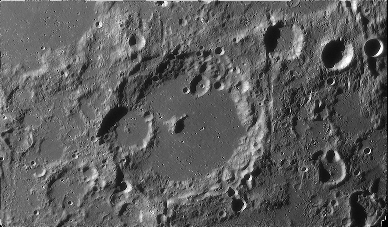 large.moon_20_09_2019_04_07ALBATE.jpg.d8