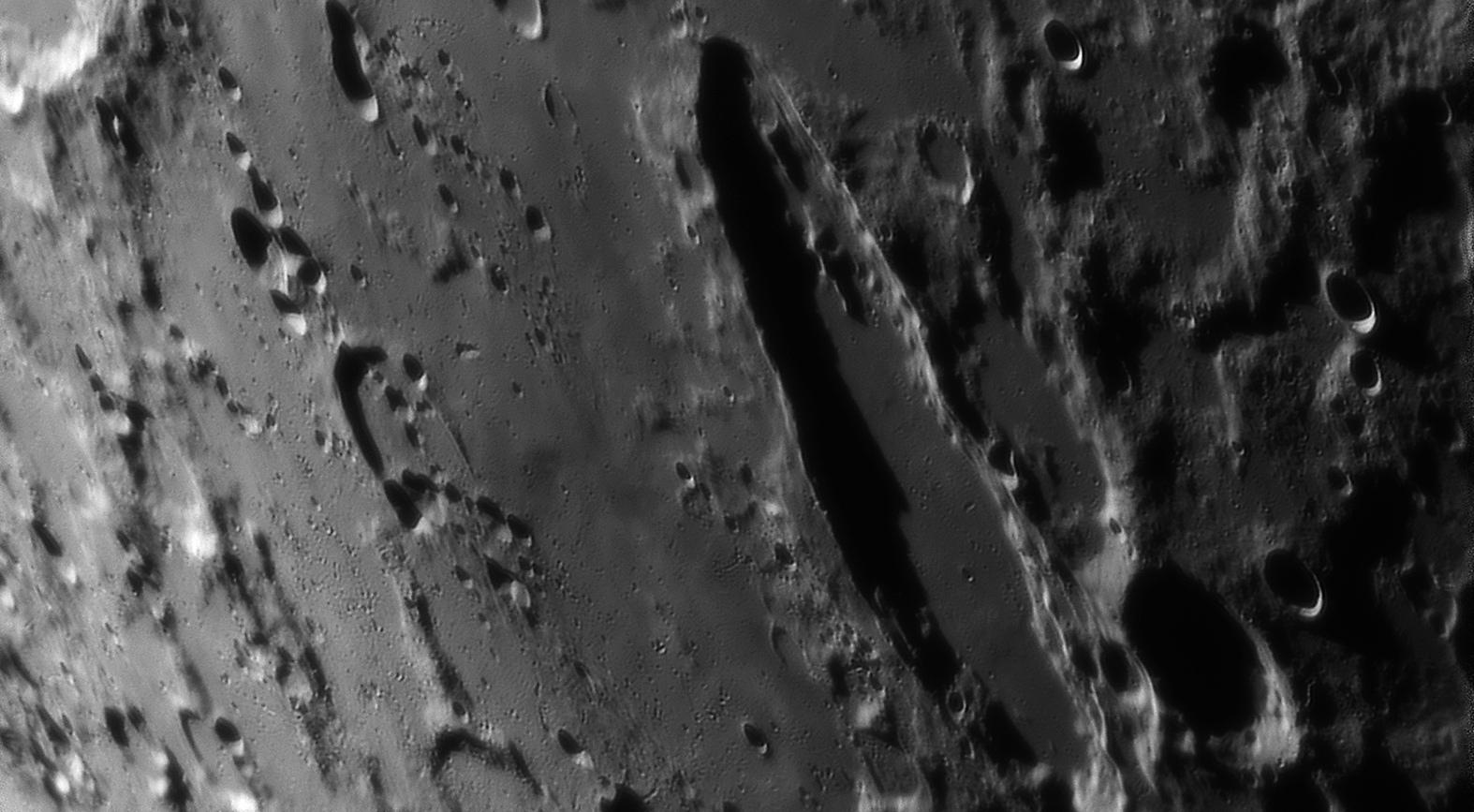 large.moon_25_08_2019_SCHILLER_Re.jpg.c992a03c2a47cd32d4185e5f90bc476e.jpg