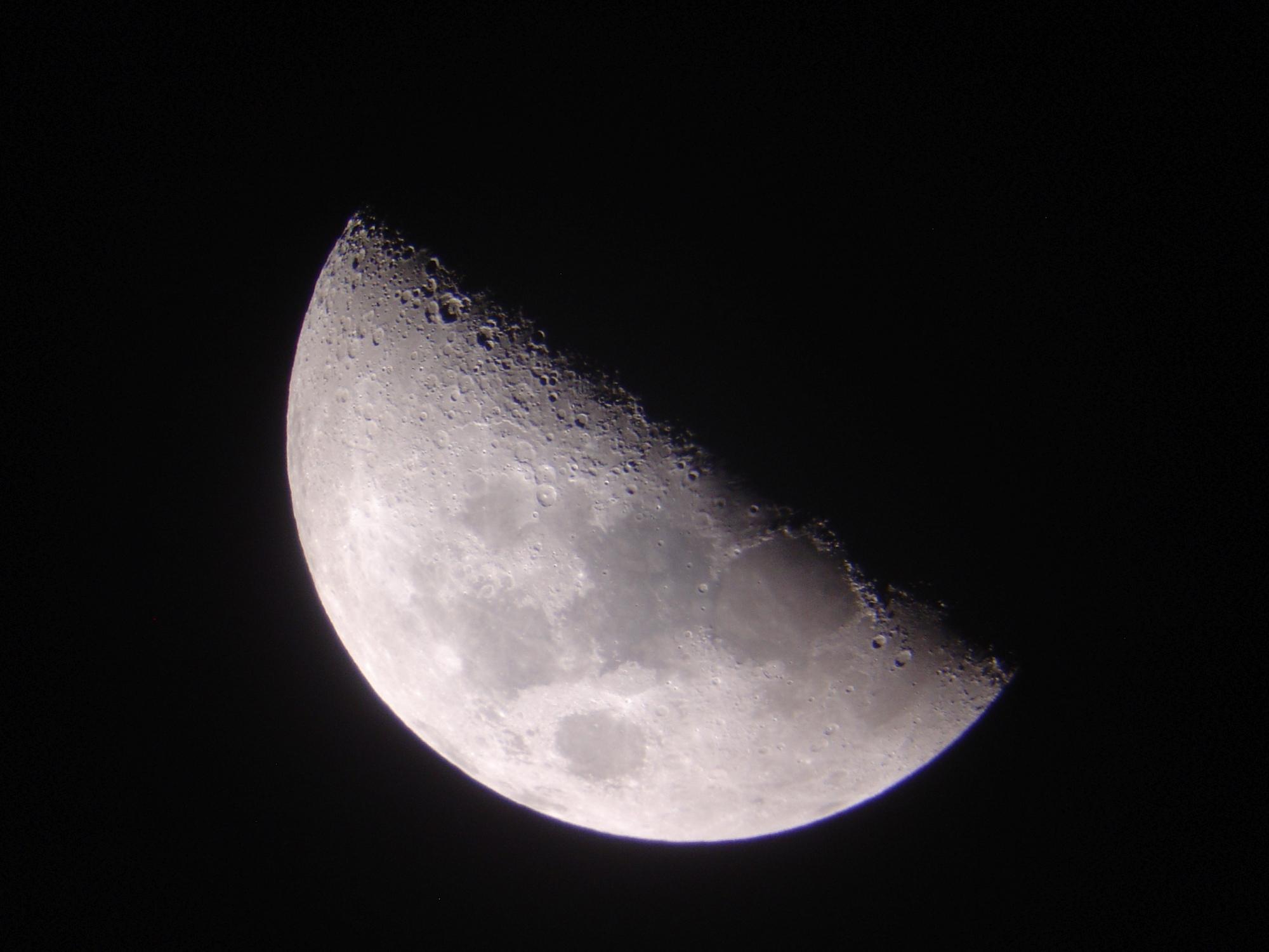 4 lune 150 newton nagler de 16 ou 9.jpg