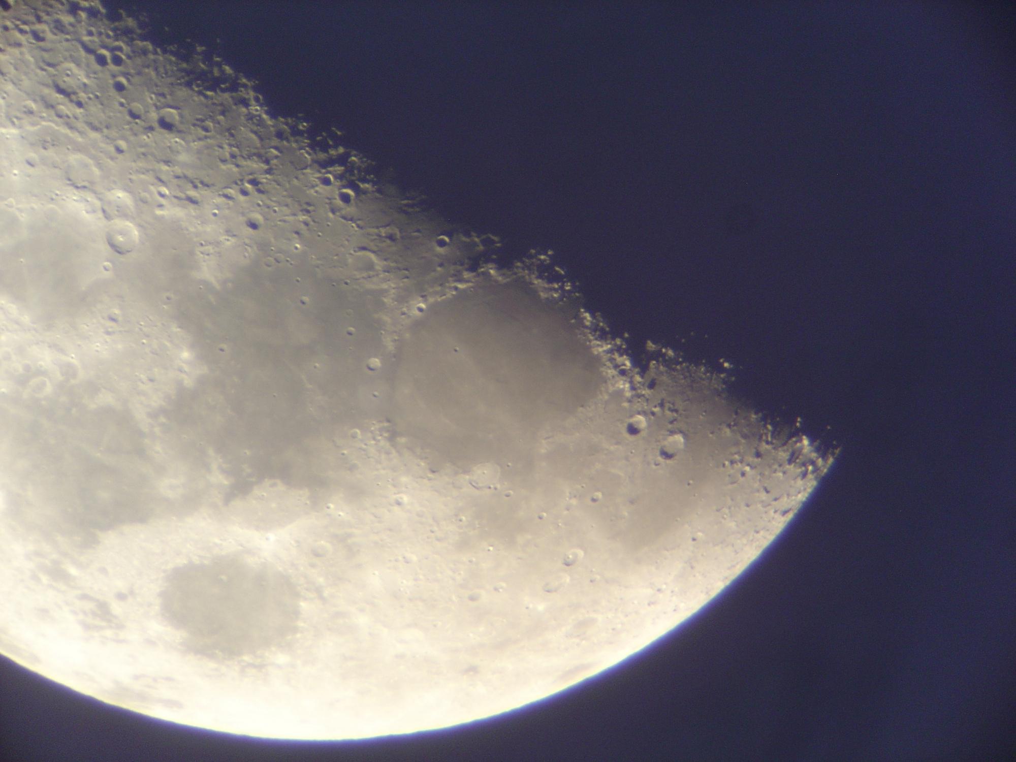 6 lune 150 newton nagler de 16 ou 9 .jpg