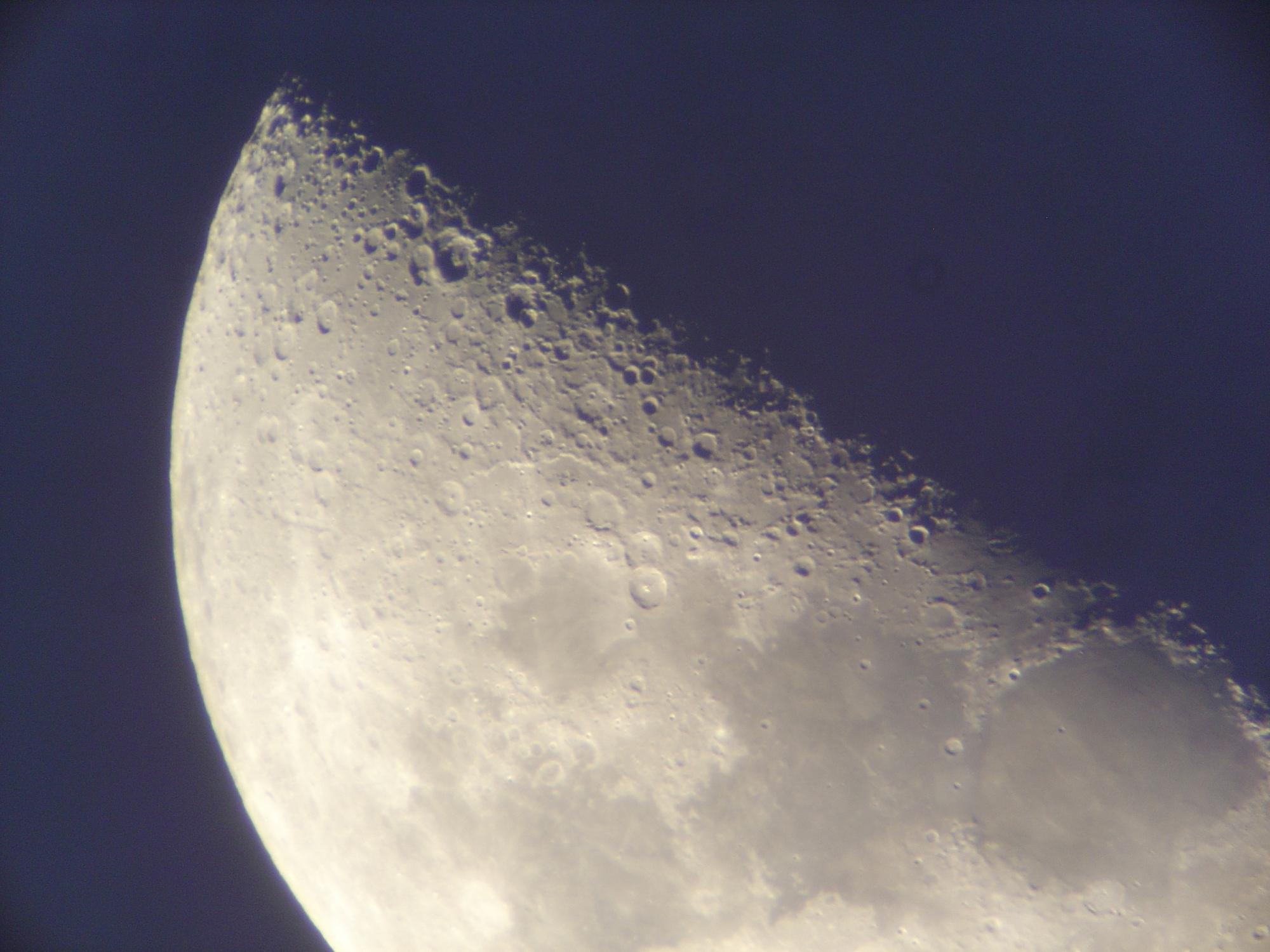8 lune 150 newton nagler de 16 ou 9 .jpg
