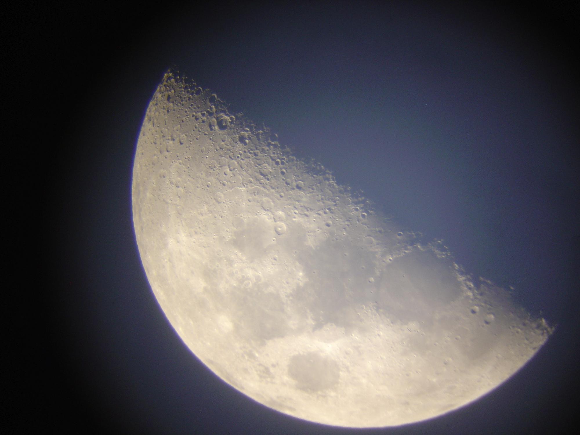 9 lune 150 newton nagler de 16 ou 9 bof  .jpg