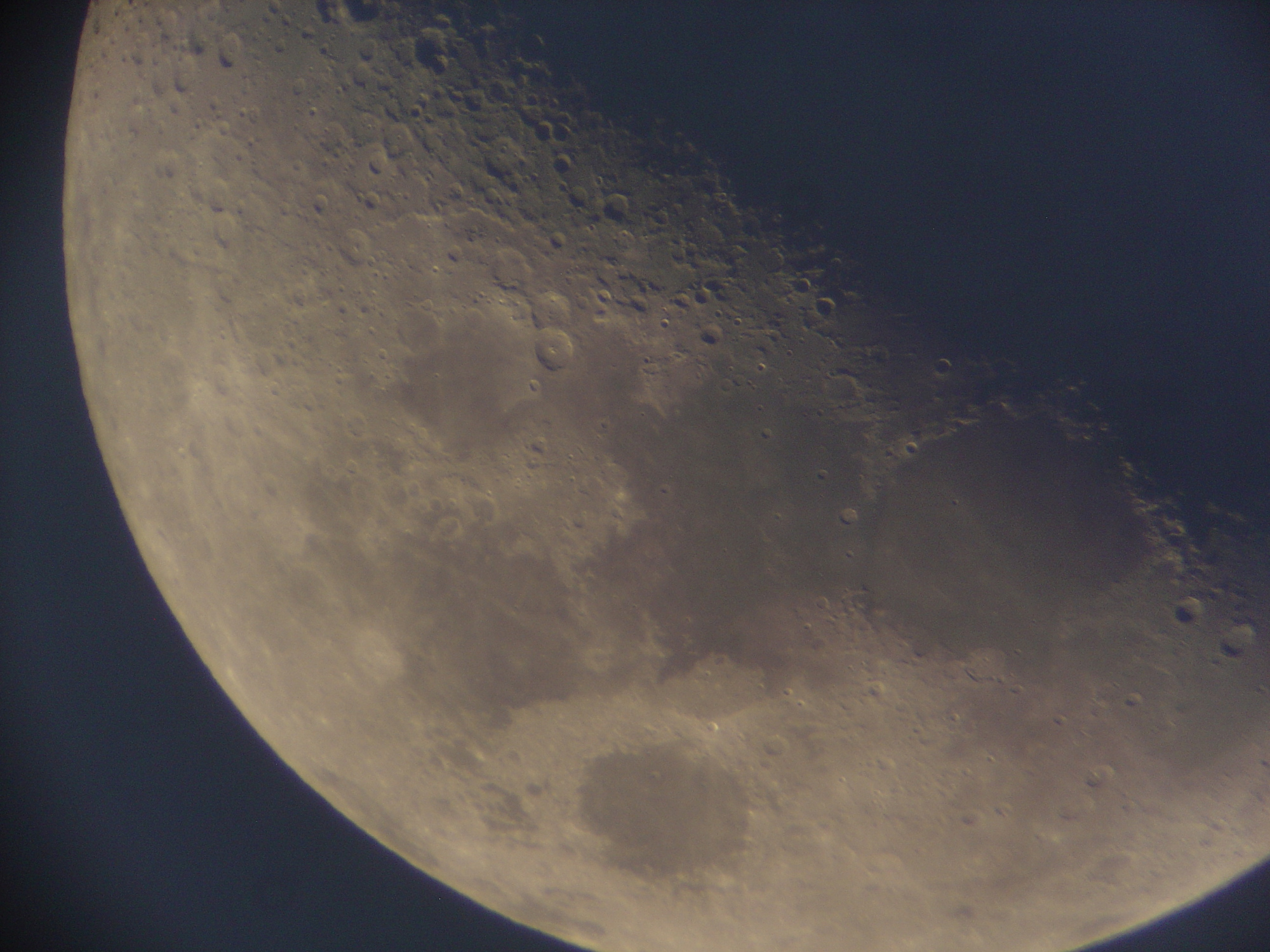 12 lune 150 newton nagler de 16 ou 9 a voir de plus pret4 .jpg