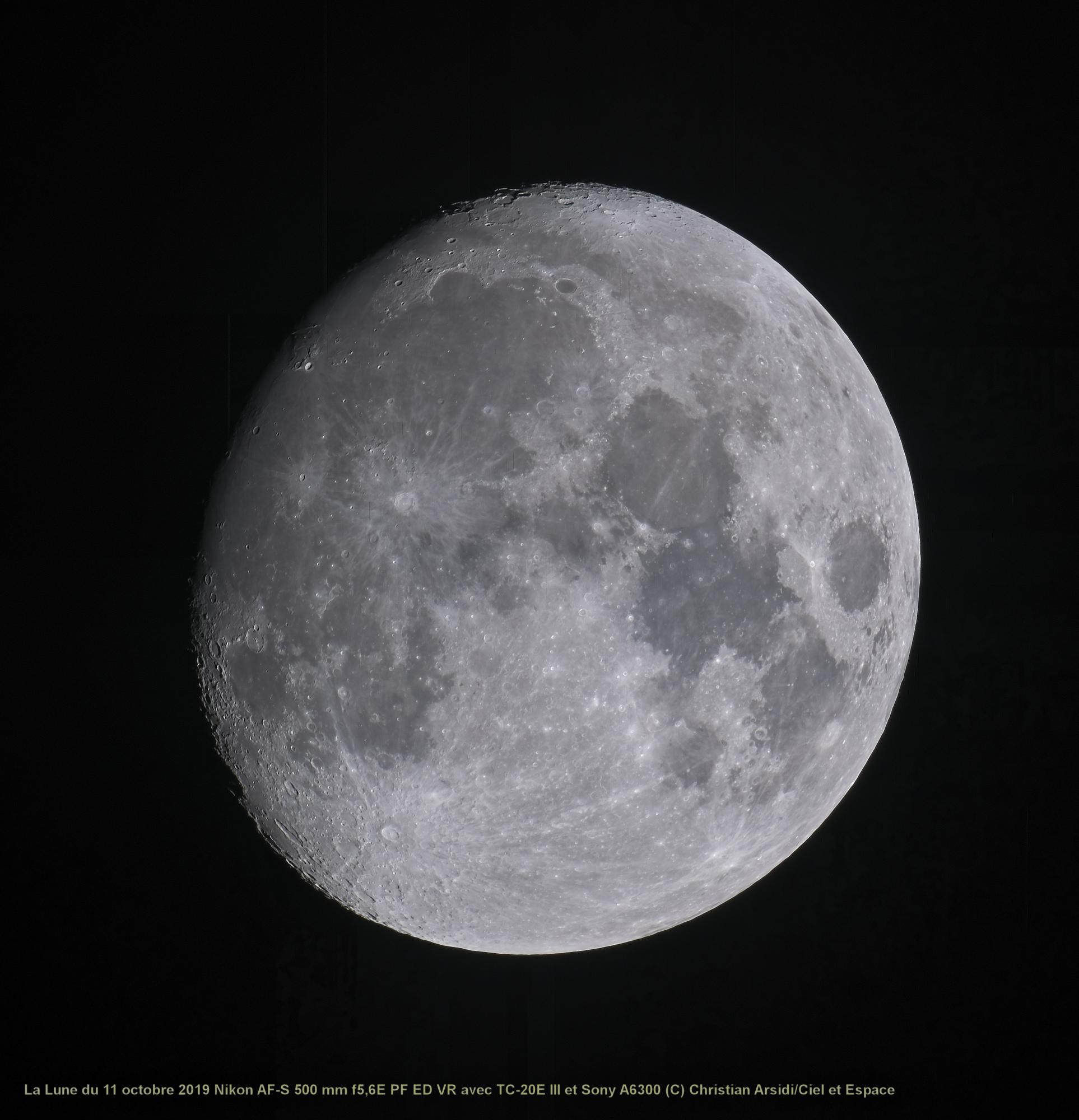 La_Lune_25_images_TTB_V2_100%_JPEG.jpg